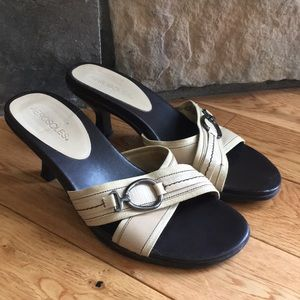 Aerosols casual dress sandal